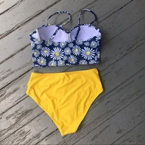 6fef673e0f2f Cupshe Swim - Flower Play Daisy High-Waisted Bikini Set